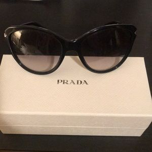 Prada SPR 15P Sunglasses